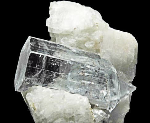 Гошенит драгоценный минерал