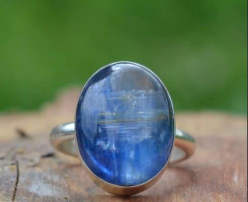 Кианит: свойства камня