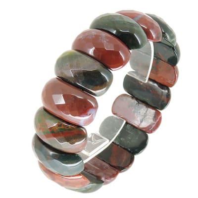 Гелиотроп - кровавый камень