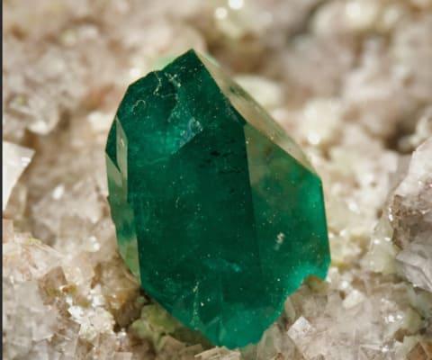 Диоптаз - редкий камень